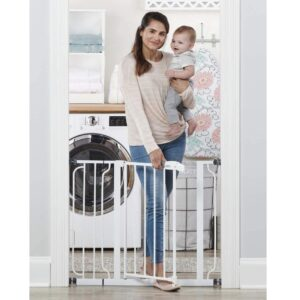Regalo Easy Step 38.5-Inch Extra Wide Walk Thru Baby Gate Best Regalo Baby Gate Reviews